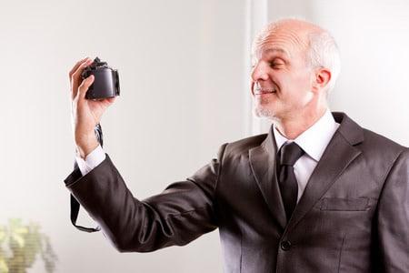 Konformität oder Authentizität? – Selfie als Bewerbungsfoto?