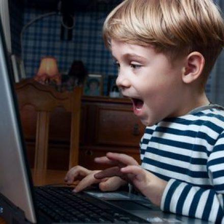 Wenn ein Kind das Bewerbungsanschreiben der Mutter verfasst
