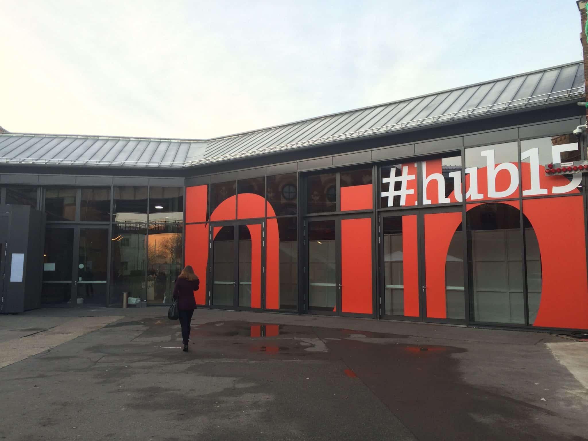 Eingangsbereich hub conference in Berlin am 10.12.2015