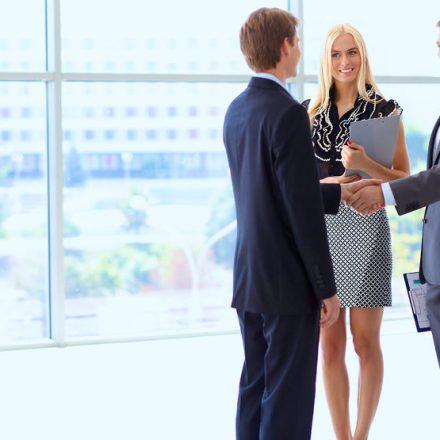 Wer entscheidet über eine Einstellung nach dem Bewerbungsgespräch – die Personalabteilung oder der Fachbereich?