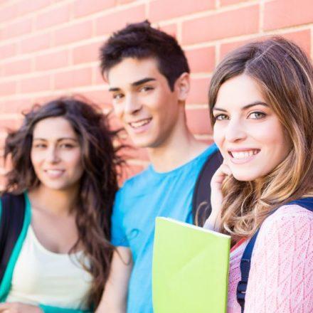 3 Gründe, warum Sie Jugendliche optimal mit Schulmarketing erreichen