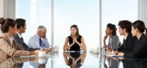 HR am Tisch der Entscheider in der Unternehmensleitung