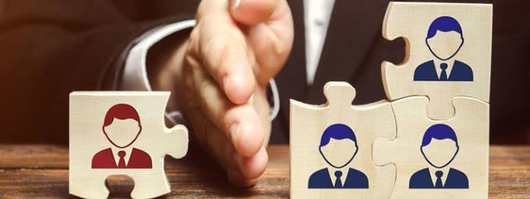 Titelbild: Rechtssichere Arbeitgeberkündigung. Eine Checkliste zum Arbeitsverträge beenden