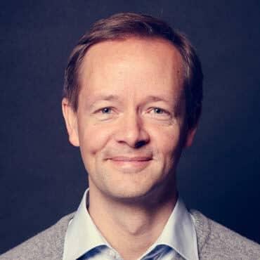 Gastautor: Dr. Lars Holldorf zum Thema Auslandsrekrutierung