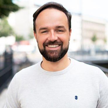 Portrait Gastautor Michael Benz zum Thema Fachbereich ins Recruiting einbinden