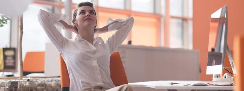 Mehr Frauen in Beschäftigungsverhältnisse bringen